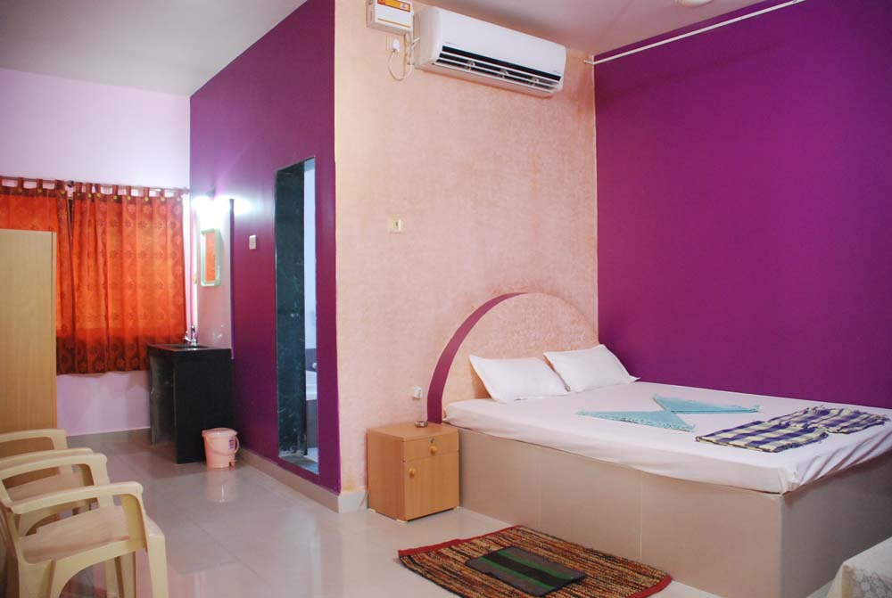 Hotel malvan beach room Interior